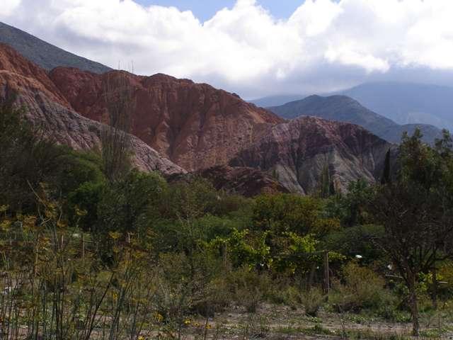 A 7 coloured rock